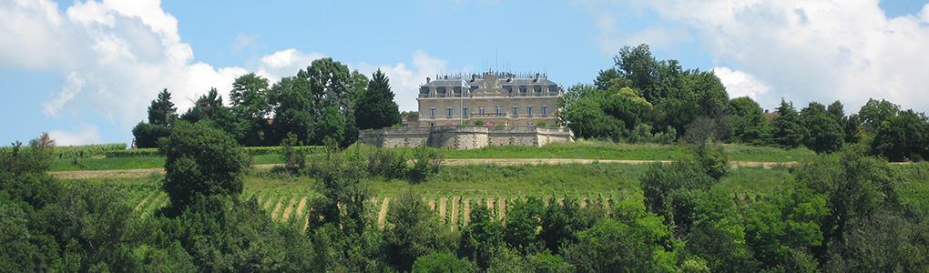 chateau-slider